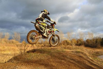 dirt-bike-motorcycle-jump-autumn-63613